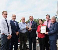 Tyrone Dairy Farmer wins Lakeland Dairies Supreme Milk Quality Award